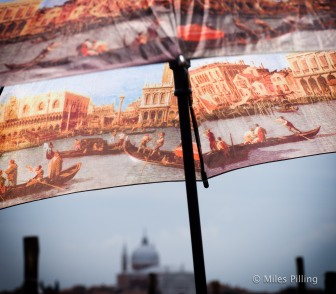Venice tour guide's umbrella 3